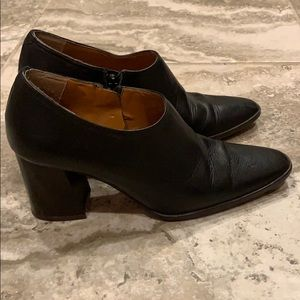 Zara Woman leather low ankle zip-up boot.